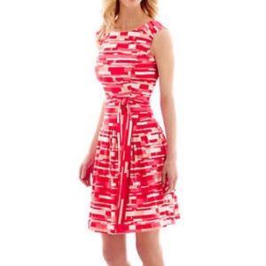 Robbie Bee Sleeveless Dress